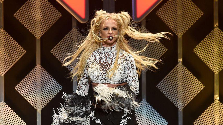 Britney Spears beim Jingle Ball 2016