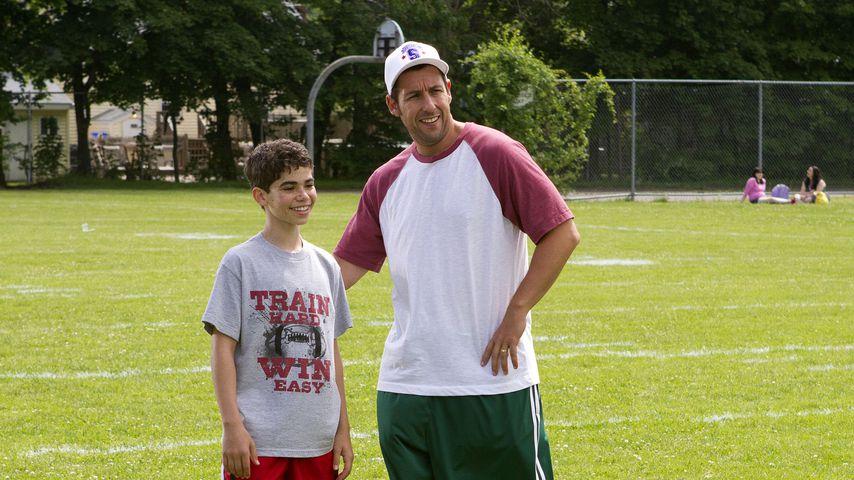 Cameron Boyce und Adam Sandler im Jahr 2013