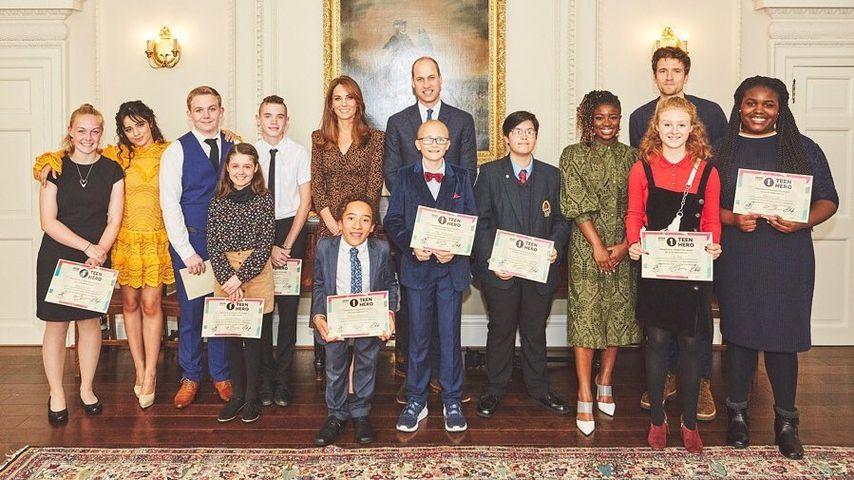 Camila Cabello (2.v.l.) mit Herzogin Kate und Prinz William (m.)