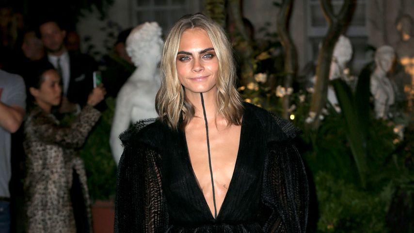 Cara Delevingne bei der London Fashion Week