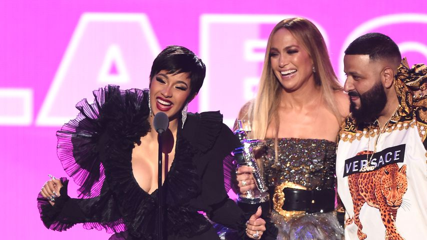 Cardi B, Jennifer Lopez und DJ Khaled bei den MTV Video Music Awards 2018