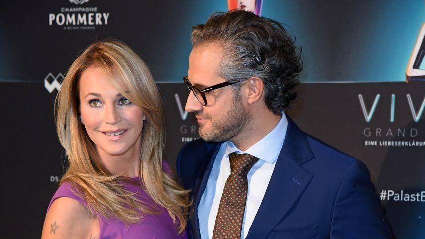 """Caroline Beil und Philipp Sattler auf der Premiere der """"VIVID Grand Show"""" im Oktober 2018"""