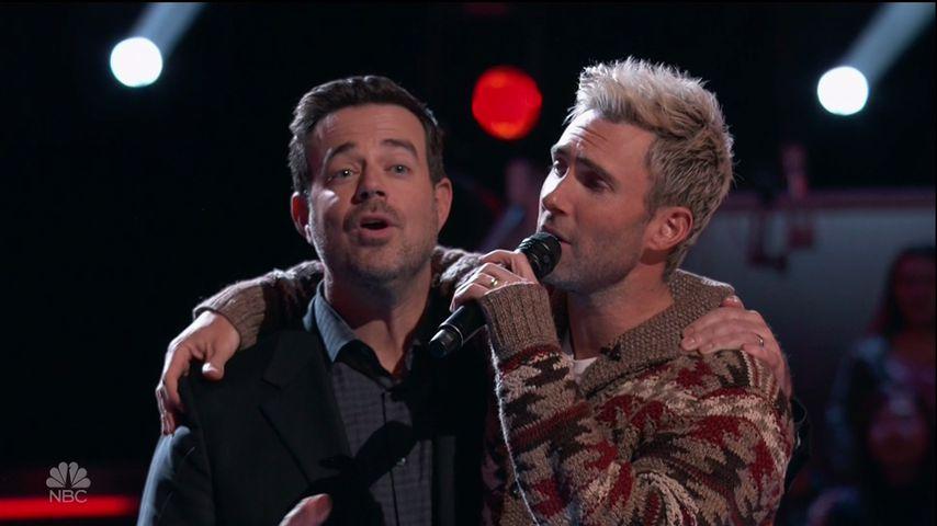 """Carson Daly und Adam Levine in der 12. Staffel von """"The Voice"""""""