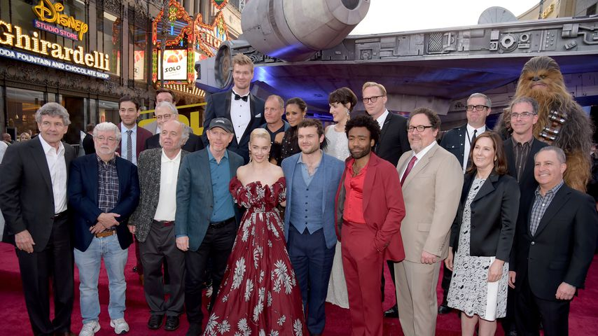 """Star Wars"" in Pelz & Robe: Star-Andrang bei ""Solo""-Premiere"