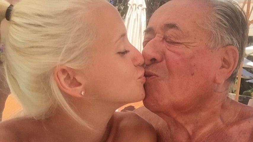 Auf Wolke sieben! Spatzi & Richard Lugner im Liebes-Urlaub