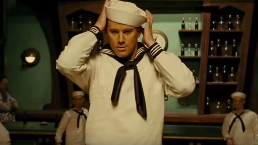 Ahoi! Channing Tatum tanzt im heißen Matrosen-Look