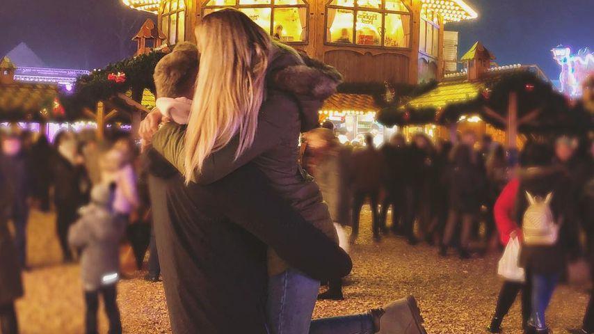 Chethrin Schulze und ihr neuer Freund auf dem Weihnachtsmarkt in Bochum
