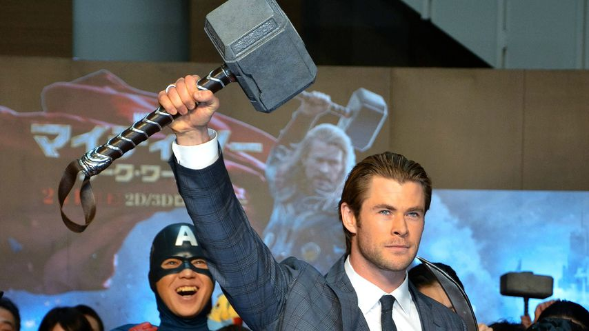 "Chris Hemsworth bei der Premiere von ""Thor: The Dark World"" in Tokio"
