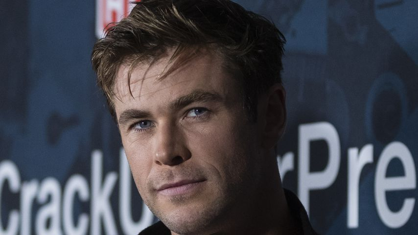 Chris Hemsworth hilft in der Schul-Kantine seiner Kinder aus