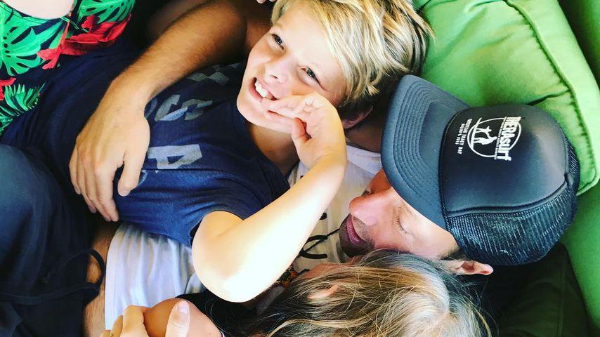 Coldplay-Sänger Chris Martin mit seinen Kindern Moses und Apple, 2018