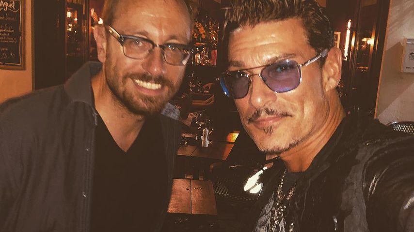 Chris Töpperwien mit seinem Manager Christian Renz in Berlin