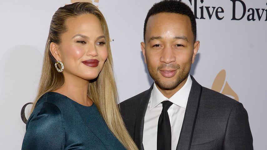 Chrissy Teigen während ihrer ersten Schwangerschaft mit Ehemann John Legend