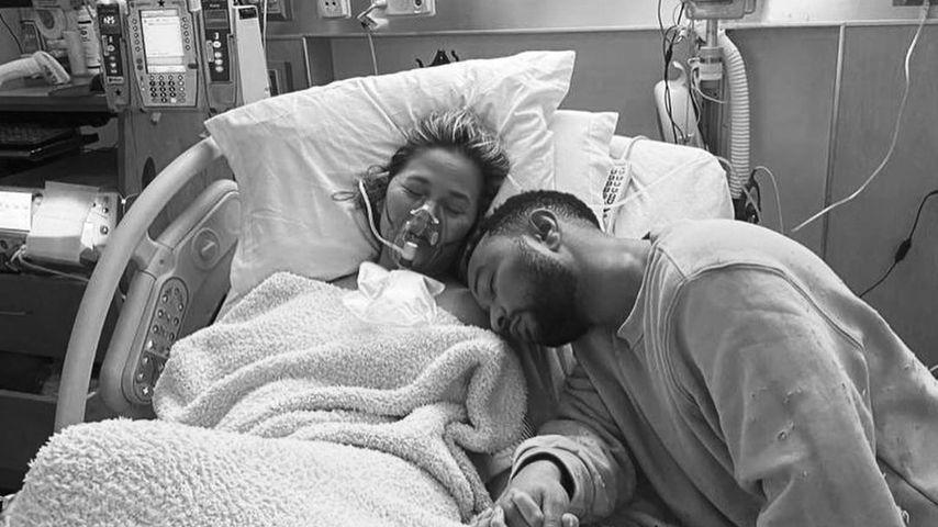 Herzzerreißende Bilder: Chrissy Teigen hat ihr Baby verloren