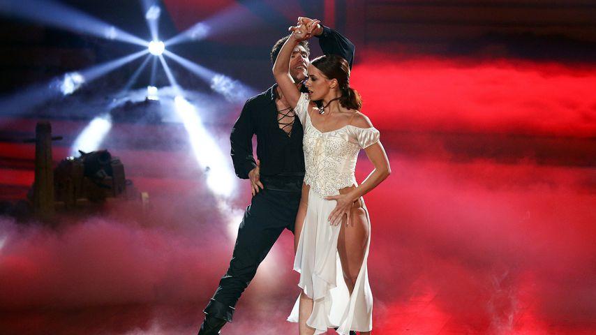"""Christian Polanc und Vanessa Mai bei der finalen Show von """"Let's Dance"""" 2017"""
