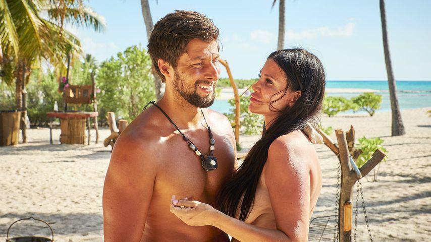 "Christian und Djamila Rowe bei ""Adam sucht Eva - Promis im Paradies"""
