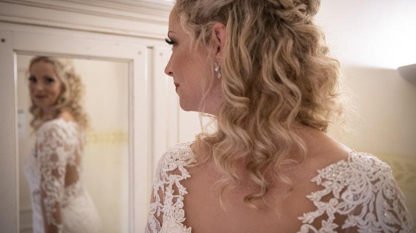 """""""Hochzeit auf ersten Blick""""-Cindy flasht mit Hochzeitskleid!"""