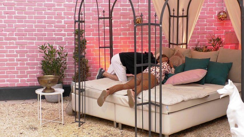 """Claudia Obert und Toni bei """"Claudias House of Love"""""""