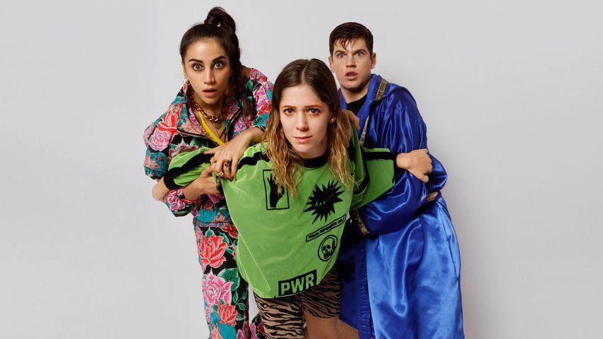 "Rebe (Claudia Salas), Cayetana (Georgina Amorós) und Guzmán (Miguel Bernardeau) in ""Élite"""