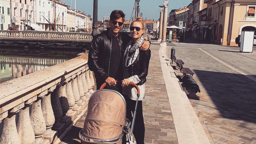 Clemens und Alena Fritz mit ihrer Tochter