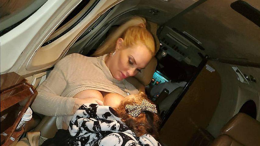 Coco Austin mit ihrer Tochter, 2019