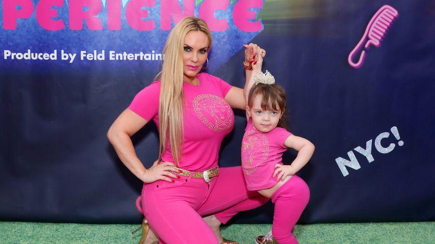 Coco Austin und ihre Tochter Chanel Marrow bei einem Event in New York