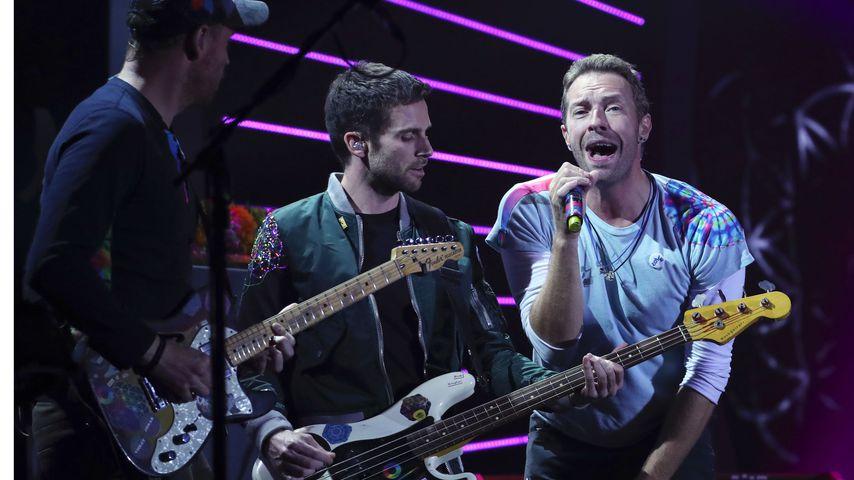 Coldplay während eines Konzerts in Hamburg, 2017