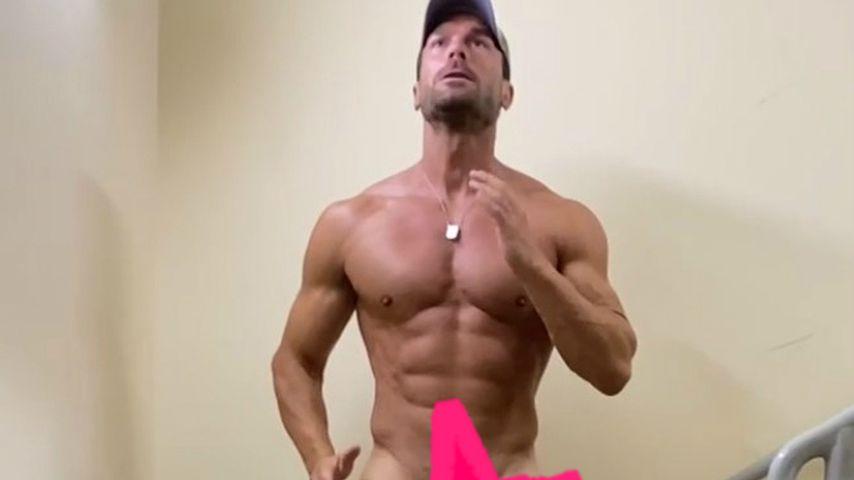 Bastian Yotta beim Nacktjoggen