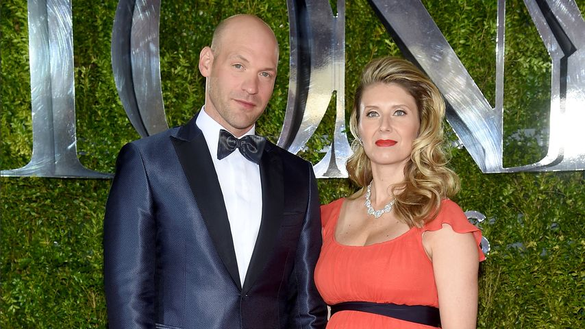 Nadia Bowers und Corey Stoll