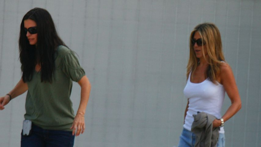 Courteney Cox und Jennifer Aniston in Malibu