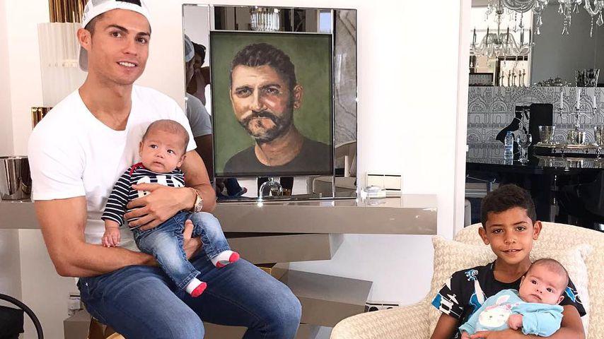 Zum Geburtstag von Vater (†51): Ronaldos süßes Familien-Pic!