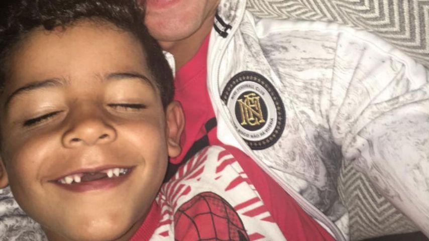 Papa postet zahnloses Pic: Ronaldo Jr. hat Mut zur Lücke