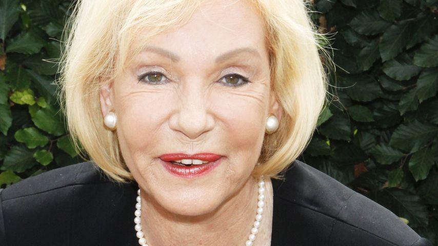 Finger fehlen: Dagmar Berghoff steht zu Gen-Defekt