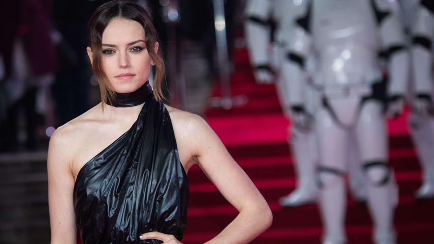 """Daisy Ridley bei der Europapremiere von """"Star Wars: Die letzten Jedi"""" in London"""