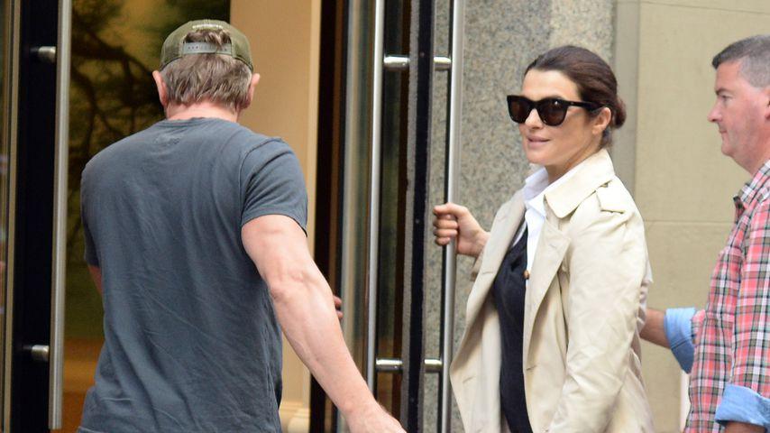 Daniel Craig und Rachel Weisz mit ihrer Tochter in New York
