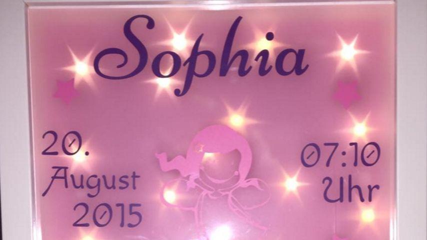 Süß! Daniela Katzenberger verewigt Sophia auf ihrer Lampe