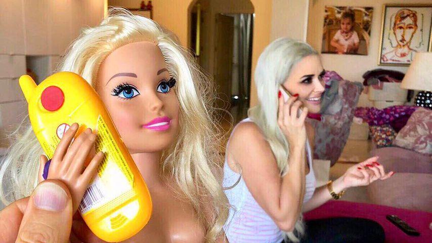 Lucas vergleicht seine Dani mit Barbie – der Katze gefällt's