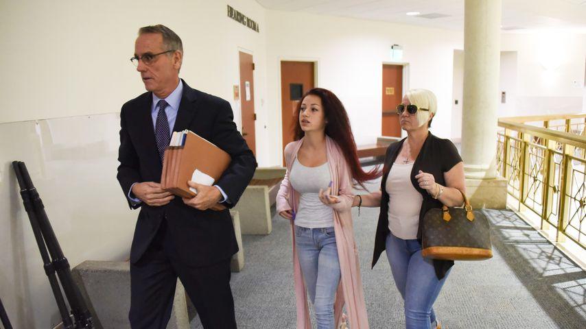 Danielle Bregoli in Begleitung ihrer Mutter und ihres Anwalts