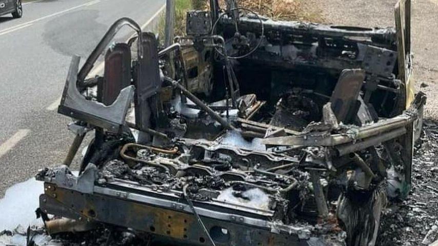Das ausgebrannte Wrack von Thomas Anders' Auto
