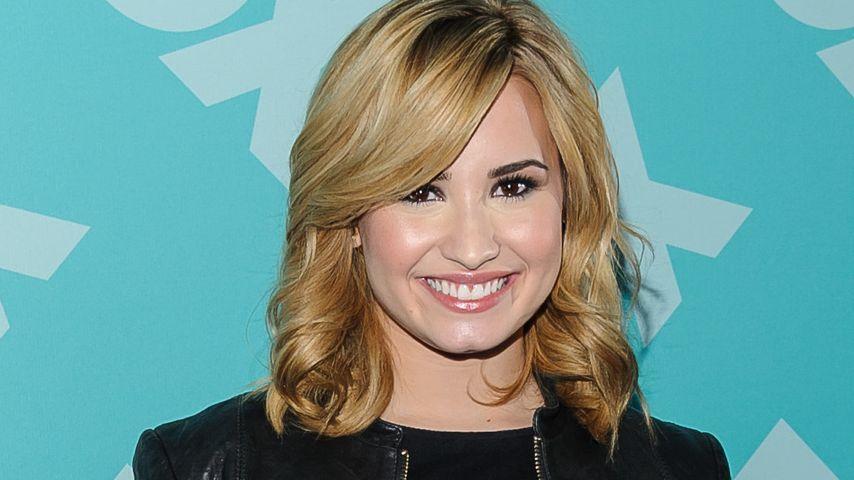 Witziges Geschenk: Demi Lovato bekommt eine Ziege