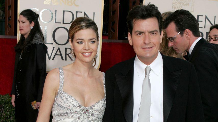 Denise Richards und Charlie Sheen bei den Golden Globes 2005