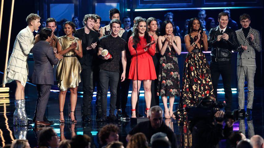 """Der Cast von """"Tote Mädchen lügen nicht"""" gewinnt bei den MTV Movie & TV Awards in L.A. im 2018"""