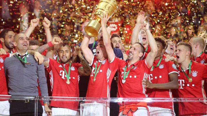 Der FC Bayern München bei der DFB-Pokalfinale-Siegfeier