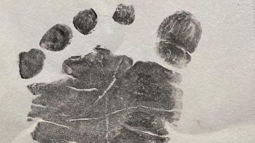 Der Fußabdruck von Emmy Rossums Kind