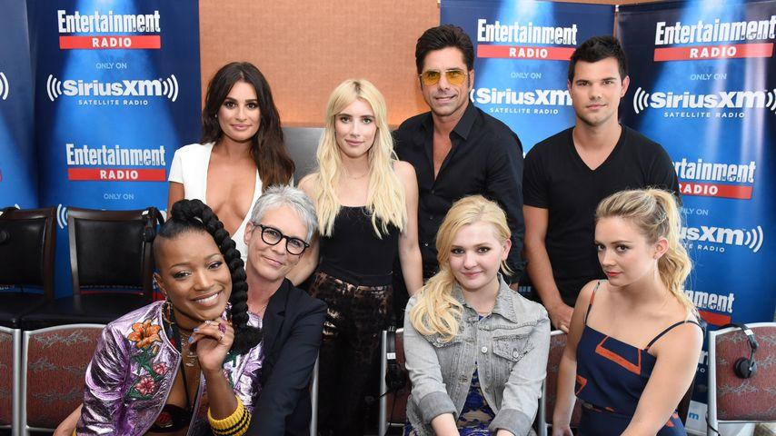 """Der """"Scream Queens""""-Cast bei einem Radiointerview während der Comic-Con 2016"""
