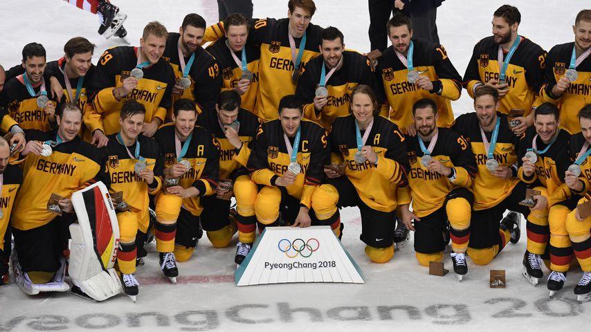 Knappe Kiste: Eishockey-Olympioniken verpassen Goldmedaille!