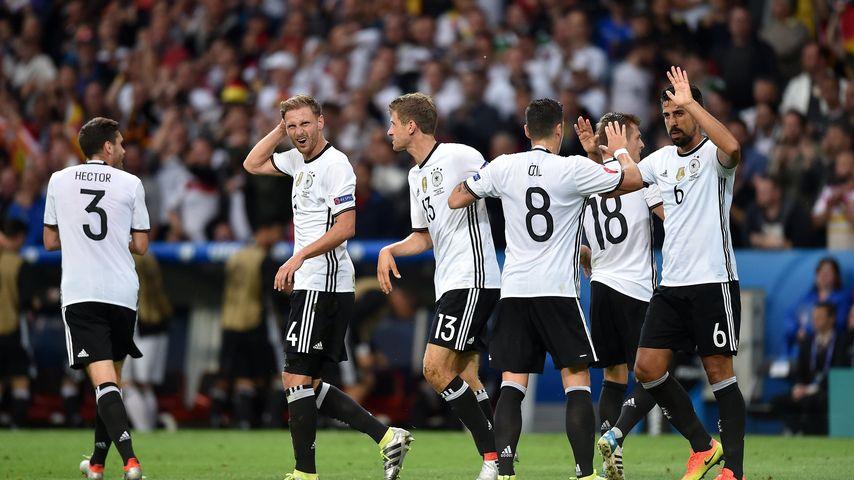 Ganz schön spannend: Fußballnation fiebert mit DFB-Elf