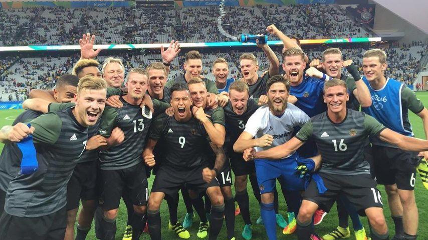 Nach Silber-Sieg: Die wilde Party der DFB-Olympia-Kicker