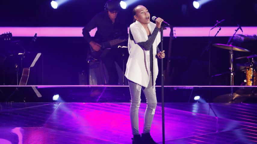 "Extra angereist: American Girl flasht ""The Voice Kids""-Fans"