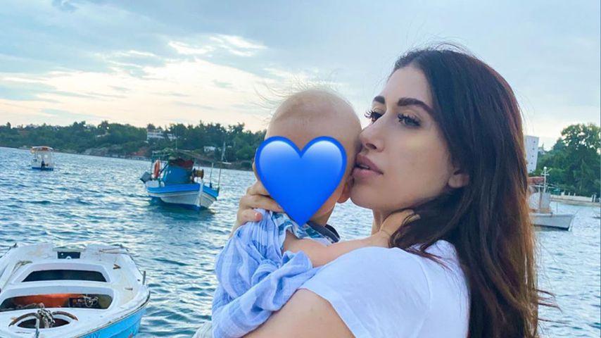 Diana June mit ihrem Sohn Adrian im Juni 2020