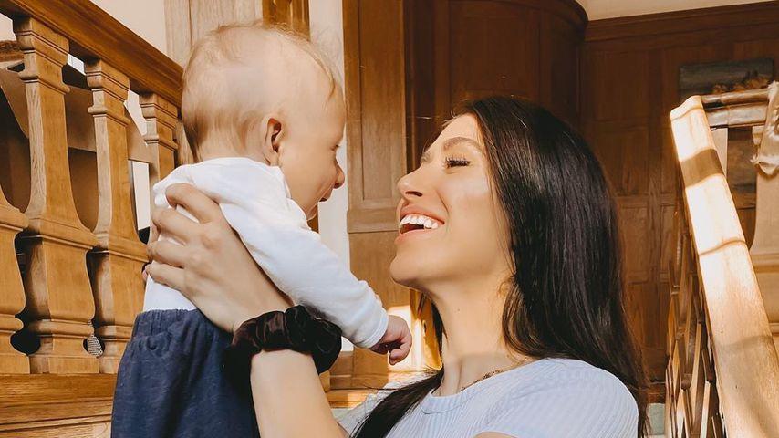 Diana June und ihr Sohn Adrian im Mai 2020